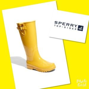 Speedy top sided rain boots shoes 8 yellow